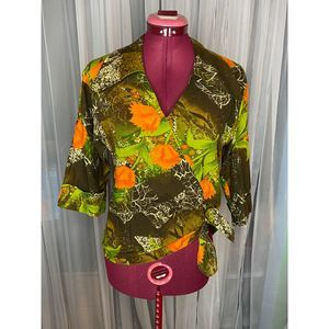 1970s 3/4 sleeves fall top exaggerated collar sz S